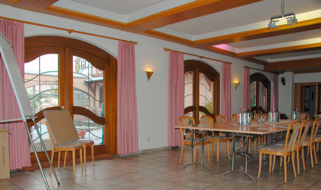 Gesellschaftsraum Hotel Gülser Weinstube