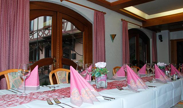 Festlich speisen - Hotel Gülser Weinstube